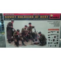 Miniart 35109 Soviet Soldiers At Rest 1:35 Milouhobbies