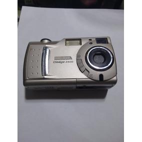 Camara Minolta Dimage 2300