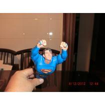 Muñeco De Superman Lanza Discos