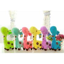 Girafas Coloridas De Pelúcia - 18cm Girafinhas