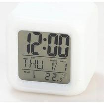 Reloj Despertador Cubo Digital Led Luz Sonido Cambia Color