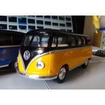 Miniatura Volkwagen Kombi 1962 Coleção Escala 1:32 13cm
