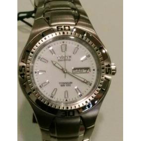 Reloj Para Caballero Citizen Titanium
