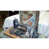 Maquina De Costura Da Vovo´ Antiguidade Rara