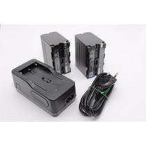 Kit 2 Baterias F970 + 1 Carregador P/ F970 - Led - Filmadora
