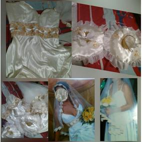 Vestido De Novia, Blanco Con Velo Tipo Virgen Y Almohadilla