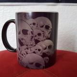 Taza Mágica Skulls Calaveras Craneos Esqueletos Metalera
