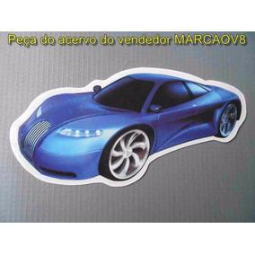 Adesivo Com O Desenho De Um Carro Esportivo Rebaixado