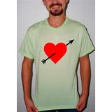 Camiseta Personalizada Coração Flechado