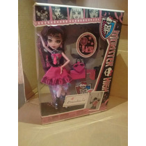 Monster High Draculaura La Del Corazon 2012