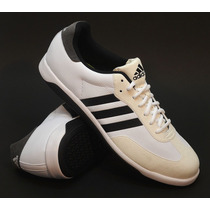 Zapatillas Adidas Modelo Universal Training Color Blanco
