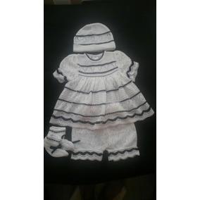 Vestido Tejido Para Niñas Recién Nacidas. Cuatro Piezas