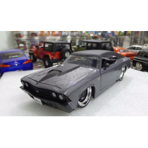1:24 Chevrolet Chevelle Ss 1969 Gris Jada Toys Display