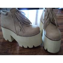 Zapatos Plataforma Y Flecos Color Camel