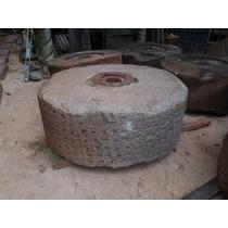 Pedra De Mó Antiga Grande