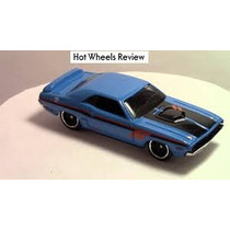 Hot Wheels 71 Dodge Challenger Snowflake 2016