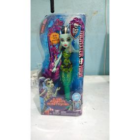 Monster High Frankie Stein Frankestein Oscuridad Arrecife