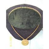 Collar Artesanal En Madera C/ Medalla