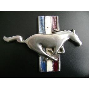 Mustang Escudo Caballo Con Bandera Original Metal