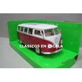 Volkswagen T1 Bus 1963 Combi - Icono Clasico - R Welly 1/24