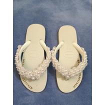 Sandálias Havaianas Decoradas Com Pérolas