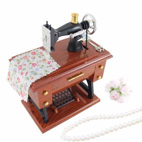 Mini Maquina De Costura Musical Miniatura Perfeita A Corda