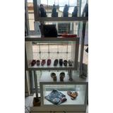 Fundo De Loja De Roupas E Calçados