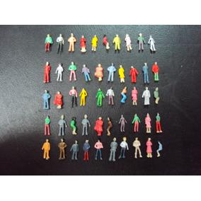 50 Personajes Parados Y Sentados P/ Maquetas Escala N -1:160
