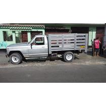 Nissan Patrol Camioneta 4x4 Petrolero