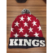 Touca Gorro Kings Sneakers Macaco Com Pompom