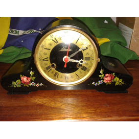 Lindo Relógio De Mesa Em Caixa Em Madeira Maquina Quartz