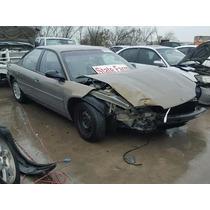 Dodge Intrepid 1999-1997: Deposito Limpiaparabrisas