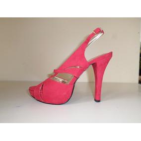 Remato Zapatillas Ante 24.5.- Altura 13. Plataforma 2.5cms