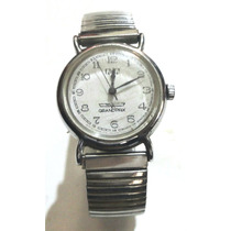 Relógio Feminino Q & Q Bracelete A Corda