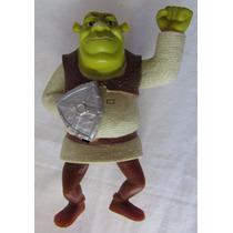 Boneco Shrek Em Plástico Com Escudo 13cm De Altura - A56