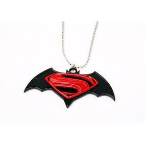 Colar Batman Vs Superman: A Origem Da Justiça