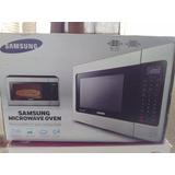 Microondas Nuevo Samsung 1.1 Cu. Ft Acero Inoxidable