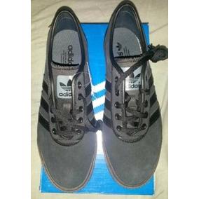 Tênis adidas Ease Original