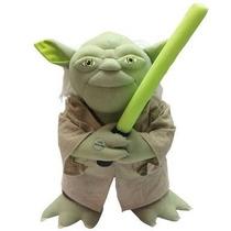 Boneco Star Wars Mestre Yoda Interativo
