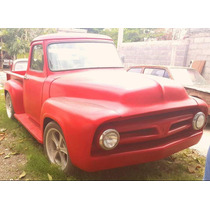 Ford F100 1954. Motor V8.