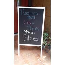 Pintaron Pizarron Negro De Calle Dos Vistas