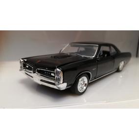 Pontiac Gto 1966 1/32 New Ray