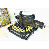 Maquina De Escribir Antigua Royal Barlock Colección Vintage