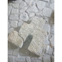 Iglesia Tallada En Piedra Arenisca. Antiguedad