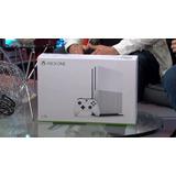 Xbox One S 2tb + 1 Juego
