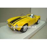 Shelby Cobra 1965 - Motor Ford V8 427 Amarillo - Maisto 1/24