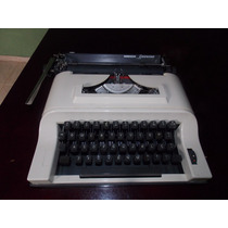 Maquinha De Datilografia Remington Ipanema Decada De 80