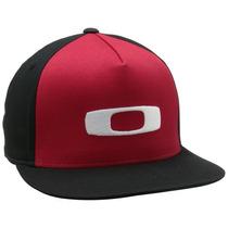 Gorra Oakley O-justable Flex Fit-100 Negro - Rojo