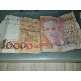 Nota Antiga Do Banco Central Do Brasil De 10000 Cruzados