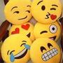 Almohadon Emoticon Emoji Souvenir Egresados- Fiestas